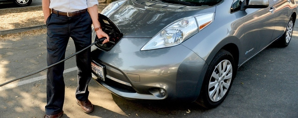Stanford Study Reveals Battery Electric Cars Reduce Emissions Better Than Fuel Cell Vehicles