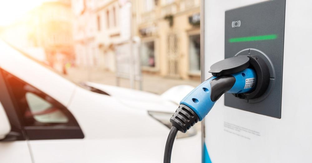 ulta-fast charger, electric vehicle