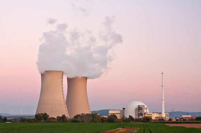 Nuclear power plant in Grohnde near Hameln in Lower Saxony, Germany.