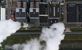 Direct Air Carbon Capture versus Bioenergy Carbon Capture and Storage