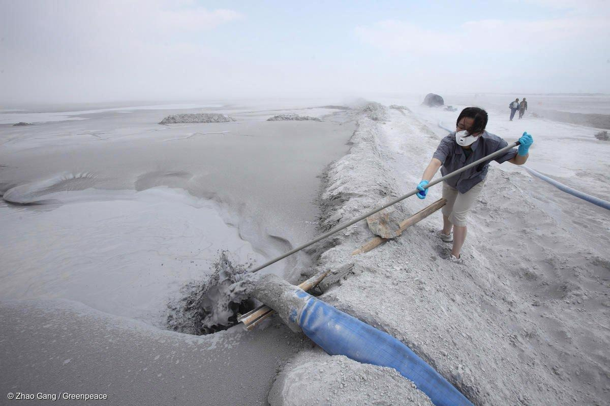 Study Shows Fossil Fuel Use has Outsized Impact on River Sediment