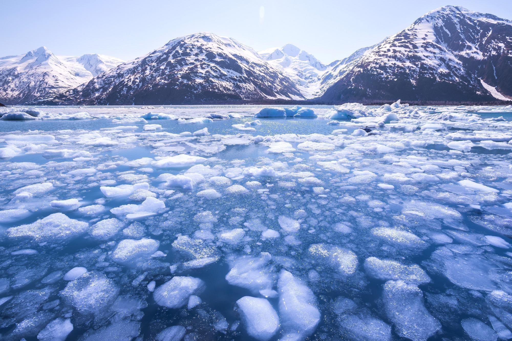 Sulfur Intervention Induced Solar Geoengineering to Reduce Greenland Icecap Melting