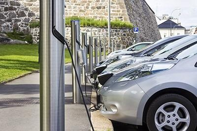 Hybrid Vehicles Exhibit Twice the Vulnerability to Supply Chain Disruptions.
