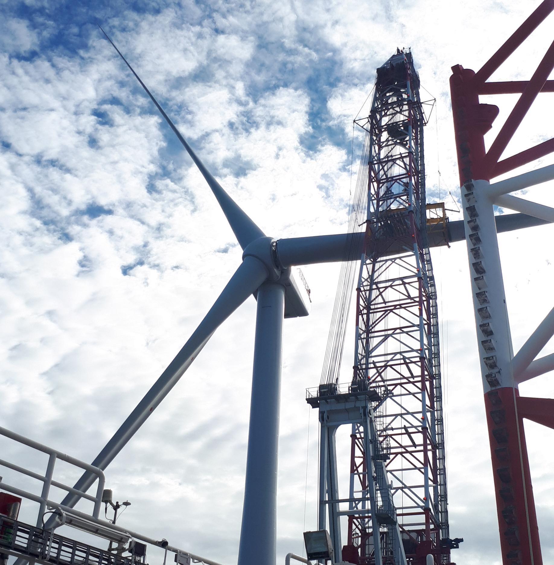 Moray East Celebrates Final Turbine Installation