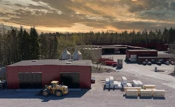 Woodsafe Builds One of the Largest Single Roof-Mounted Solar Cell Facility